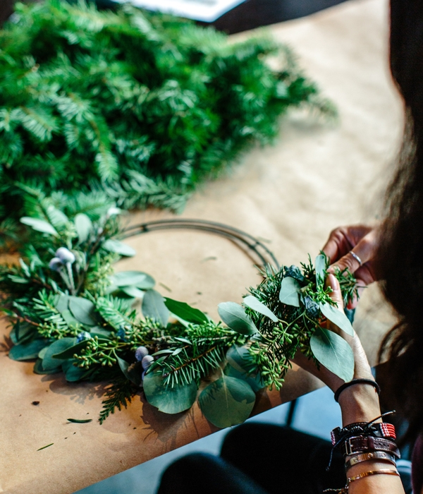 Christmas Wreath.Christmas Wreath Making Workshop